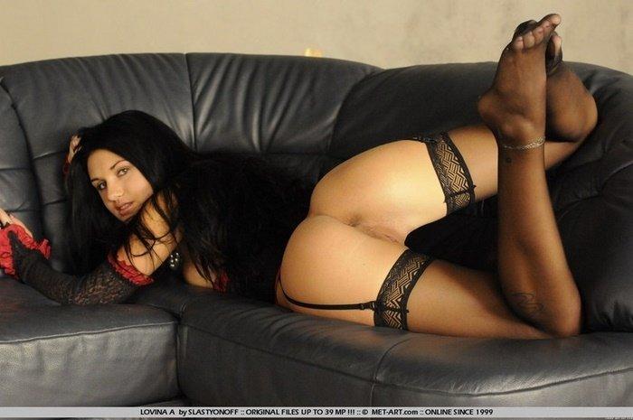 Эрогалерея сексапильной красотки в кружевном корсаже